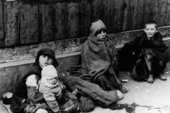 children_warsaw_ghetto
