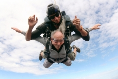 A Holocaust survivor skydives for his 85th birthday